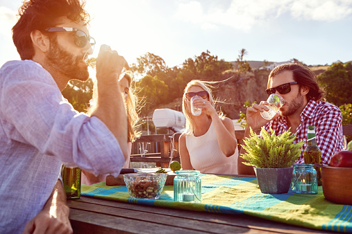 An end of summer bash is the perfect way to send off the warm weather of 2016, and revel in the final rays of the summer sun.