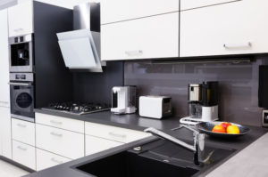 How to Prevent Cooking Smells from Stinking Up Your Apartment